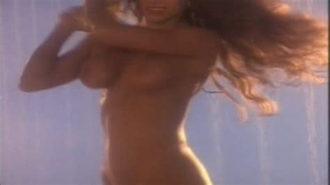 Nackte Missy Warner In Bikini Summer