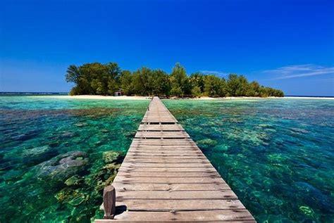wallpaper anak pantai pantai terindah di indonesia 6 karimun jawa jawa tengah