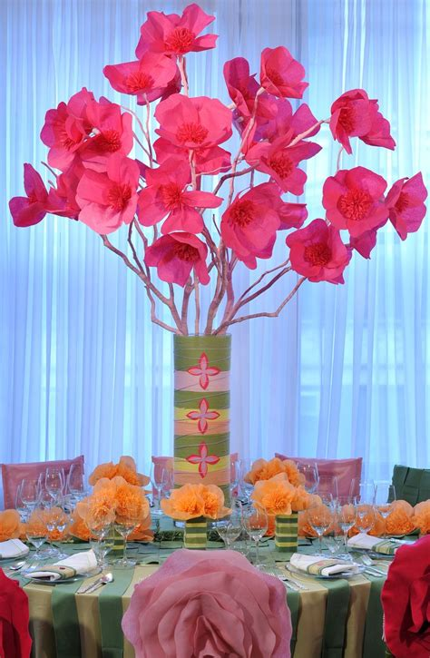 Wedding Flower Paper Centerpiece by 10 Nonfloral Centerpiece Ideas