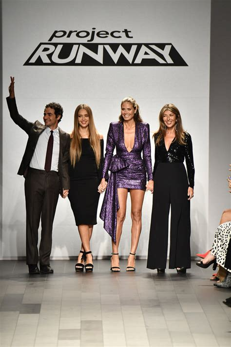 Project Runway Sweepstakes - zac posen jessica alba heidi klum and nina garcia at the project runway fashion show