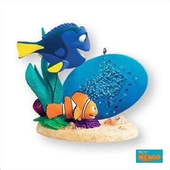 ornement set finding dory 2007 finding nemo hallmark ornament at hooked on hallmark ornaments