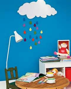 Craft ideas for kids room decorating with fabrics and bright handmade