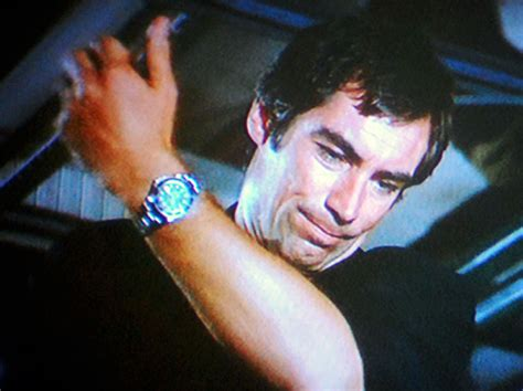 timothy dalton submariner welcome to rolexmagazine home of jake s rolex world
