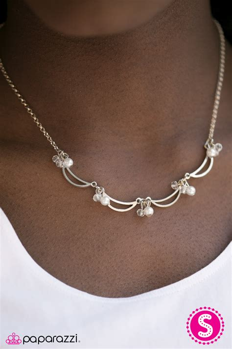 jewelry catalog all singing all white paparazzi necklace