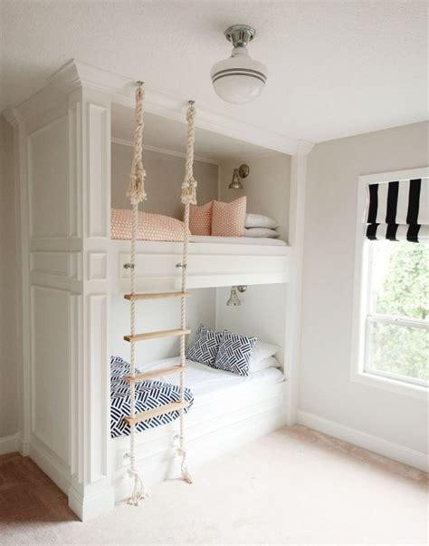 literas de 3 #1: cool-and-functional-built-in-bunk-beds-for-kids-3-554x704.jpg