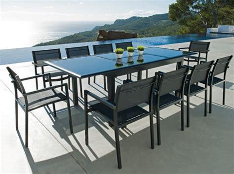 table de jardin solde table exterieur solde les cabanes de jardin abri de