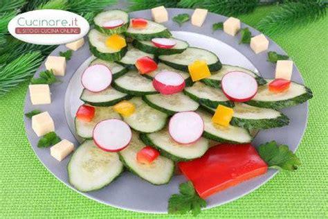 come cucinare i ravanelli insalata natalizia con cetrioli ravanelli peperoni e