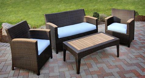 Designer Patio Furniture Exle Of A Large Trendy Deck Solaris Designs Patio Furniture
