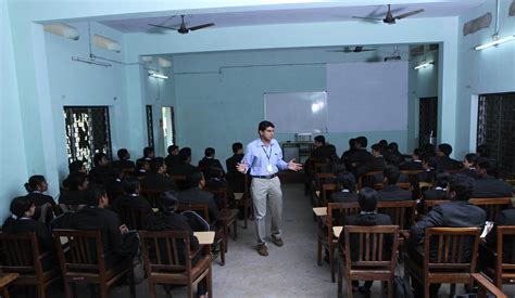 Pillai College Mba Fees by Fee Structure Of Member Sree Narayana Pillai Institute Of