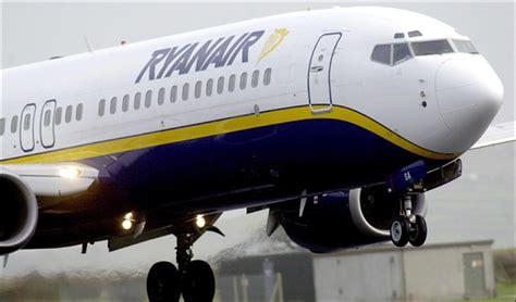 portare farmaci in aereo che cosa portare nel bagaglio a mano in aereo con ryanair