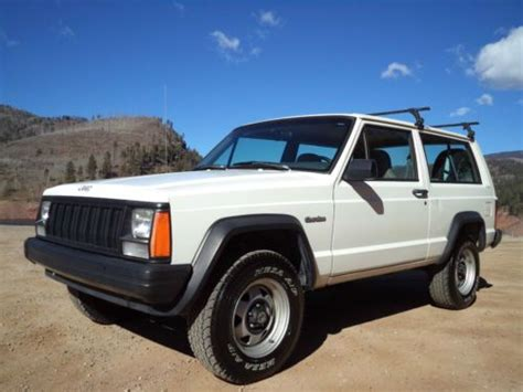 1996 Jeep Grand Road Parts Find Used 1996 Jeep Classic 2 Door 4x4 One Owner