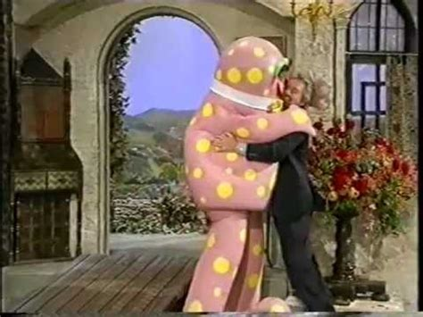 noel s house party noel s house party mr blobby meets hyacinth bucket on keeping up appearances youtube