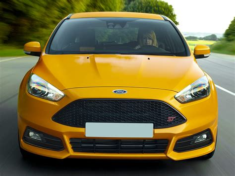 hatchback cars 2016 2016 ford focus st price photos reviews features