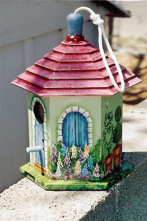best 25 bird houses painted ideas only on painted birdhouses diy birdhouse and