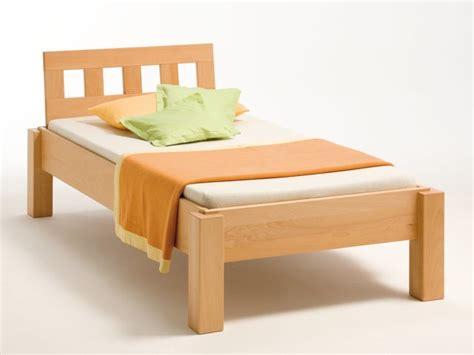 einzel bett einzelbett quader metallfreies massivholzbett