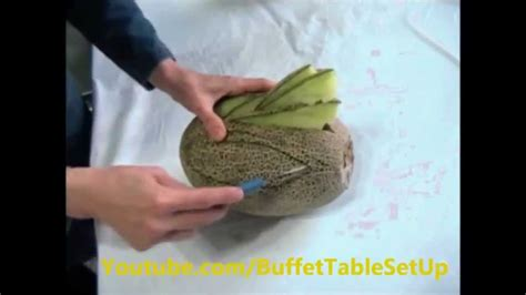 How Do You Make A Swan Out Of Paper - how to carve a swan out of a melon