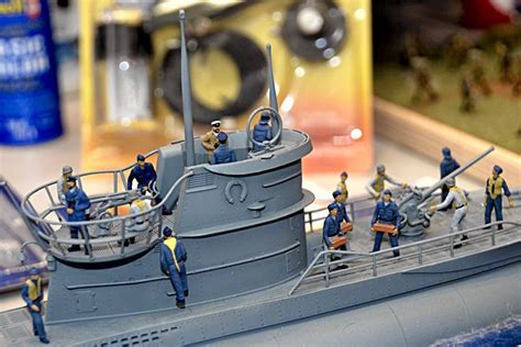 model boat figures 1 32 scale model news 2015 revell kits incoming figures