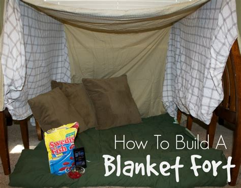 how to make the best out of a small bedroom step by step instructions on how to make a blanket fort