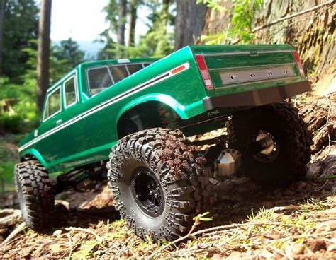 axial scx chassis hpi  ford body monster trucks