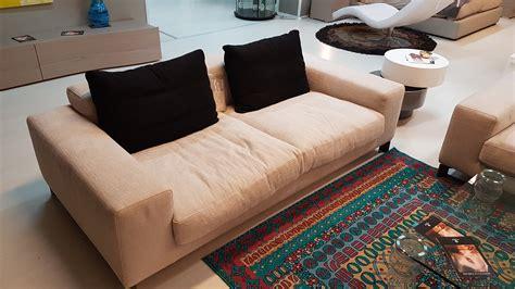 busnelli divani outlet divani busnelli mobili pizzi negozio arredo reggio