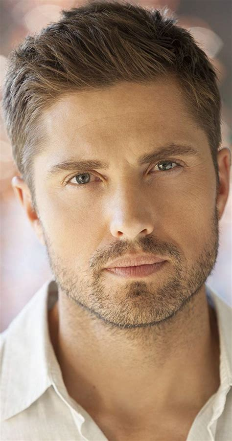 actor with bright blue eyes eric winter imdb