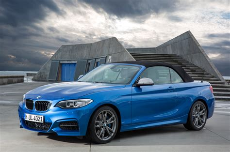 2015 bmw 2 series convertible front three quarter static