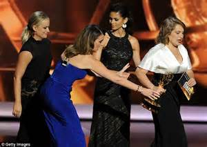 Poehler Wardrobe Malfunction by Tina Fey Suffers Wardrobe Malfunction In Tight Blue Dress