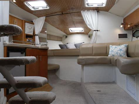 larson  cabrio   sale   boats  usacom