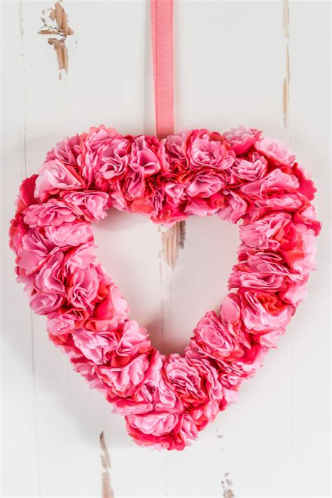 How Do You Make Roses Out Of Tissue Paper - how to tissue paper flowers webwoud