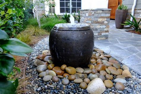 diy backyard fountain garden diy disappearing water fountain cotcozy