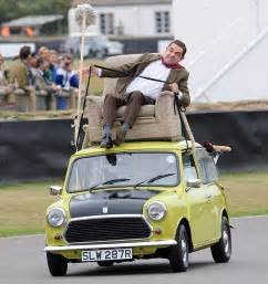 mr bean sofa on car vroomin 191 atkinson mr bean takes a spin on the race track