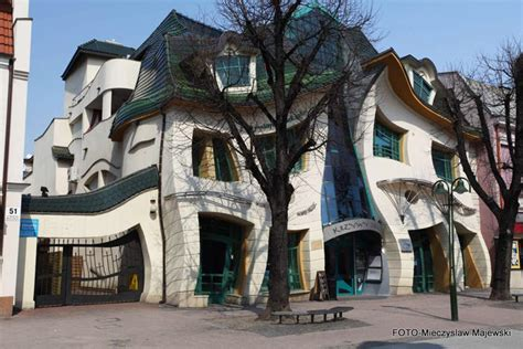 crooked house in sopot poland is like a children s book poland krzywy domek the crooked house turcanin