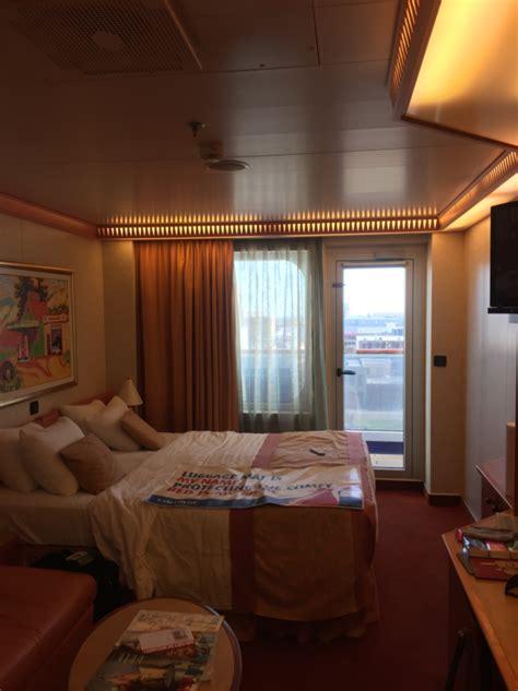 balcony stateroom cabin category  carnival freedom