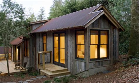 best cabin plans cozy small guest house small rustic guest house best