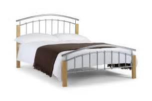 Day beds with storage