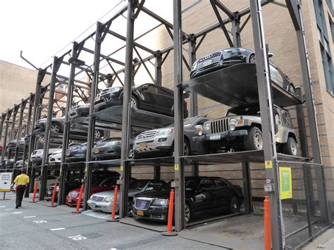 Parking Garages In Nyc by Parking In New York 7 Things To Spothero