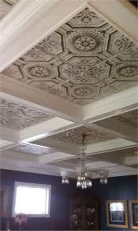 faux tin backsplash de leon texas decorative ceiling 77 best images about tin ceilings on pinterest kitchens