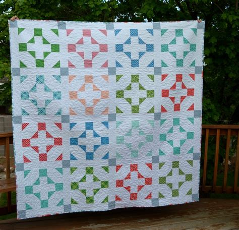 A Quilt For The Time by Hang Time Easy Quilt Pattern Favequilts