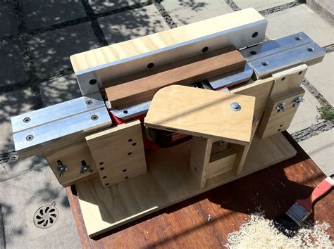 bench hand joiner power planer to bench jointer conversion by freddys