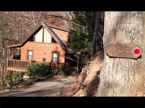 Cabins For You Gatlinburg Tn by Review Tour Of The Cozy Cabin By Cabins For You In Gatlinburg Tn