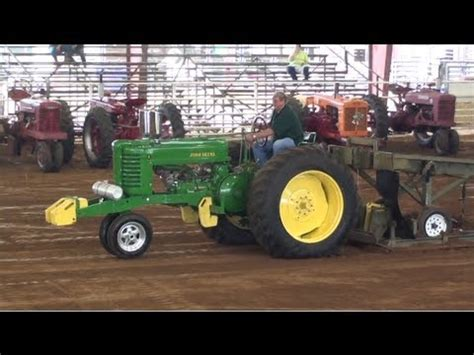 antique tractor pulling videolike