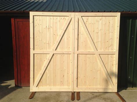 Barn Garage Doors Uk - side hung hinged timber wooden garage door gates barn