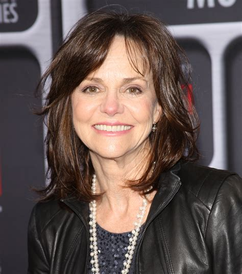 sally field married at 68 sally field actress getting married at age 68 2015
