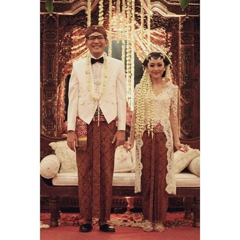 Kutubaru Warm Pink weddings clothes from different countries more a collection of ideas to try about other