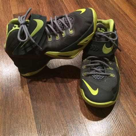 Lebron Shoe Closet by 83 Lebrons Shoes Lebron Basketball Shoes From