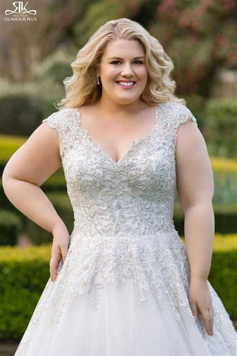 Wedding Hair For Plus Size Brides by Plus Size Perfection Wedding Dresses For Those Problem
