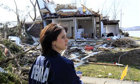 Fema Help Desk by Fema Partners With Americorps For Disaster Relief