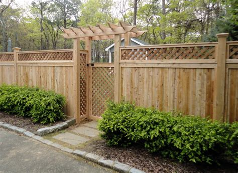 Fence Top Trellis Lattice Top Cedar Privacy Fence Installed In East Hton