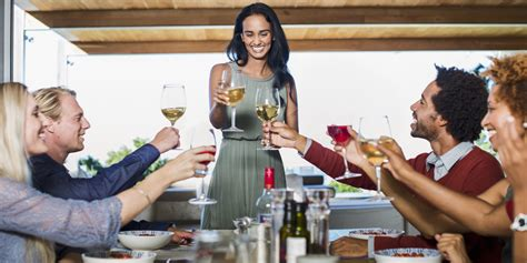 host a dinner party the 28 worst people at every dinner party huffpost