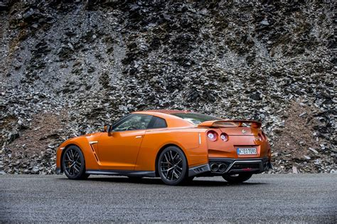 2017 nissan gt r 2017 nissan gt r first drive review